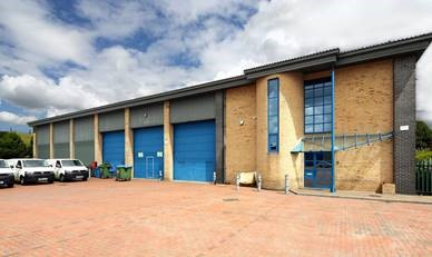 UK Property - Staines, Apex 30 1